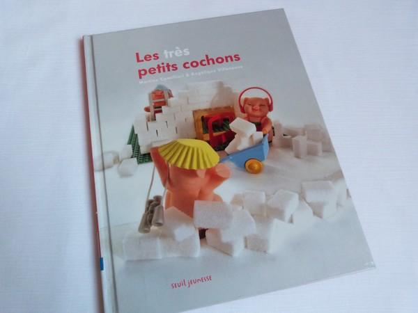Album Les très petits cochons 002